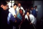 1992. Sarajevo assiégé. Victimes de snipers et bombardements.